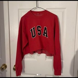 brandy Melville red USA cropped sweater